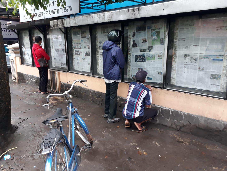 """""""Ngopi-ngopi Pagi"""", Bicarakan Koran Dinding BNN Di Desa-Desa"""