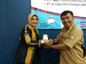 Penandatangan MOU Asosiasi Media Digital Indonesia & Stikom Interstudi