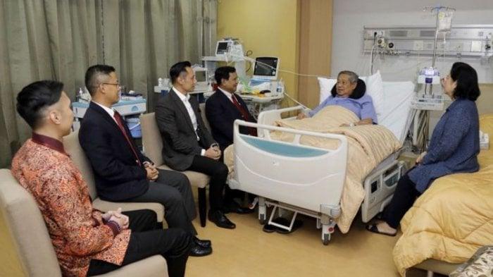 "Prabowo: ""Beliau (SBY) senior saya."""