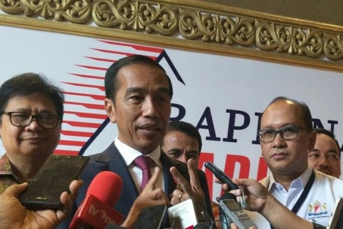 "Jokowi: ""Saya Alumni UMKM."""