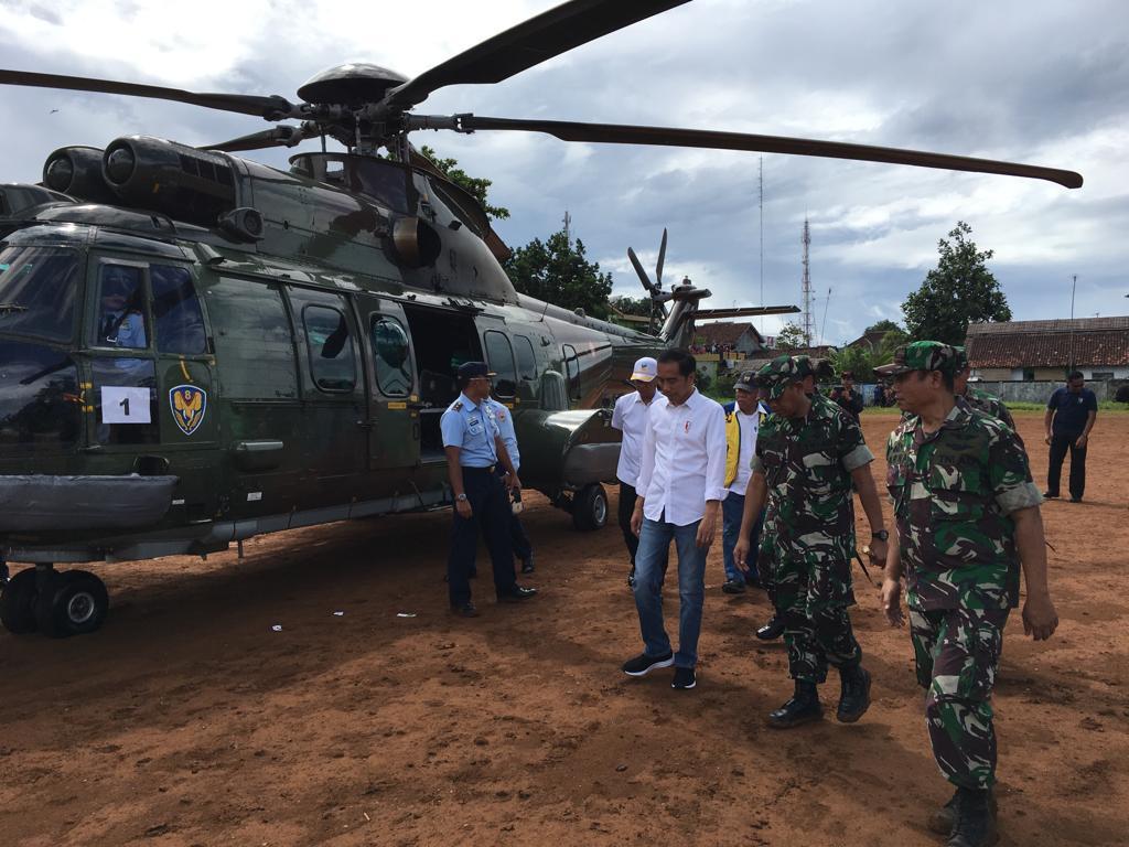 Presiden Jokowi Nge-Jins, Kunjungi Banten, Pastikan Penanganan Pascabencana Tsunami Berjalan Baik