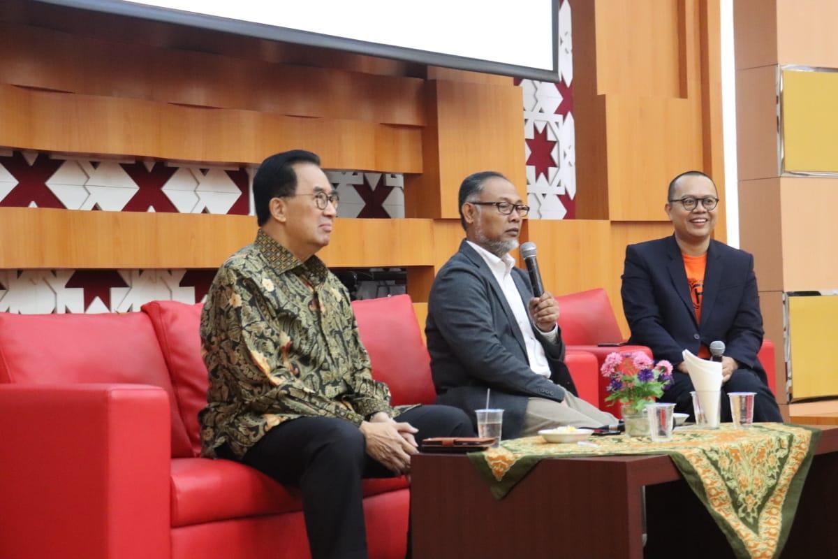 """Bambang Widjojanto (Mantan Wakil Ketua KPK): """"Ada Alternatif Penyelesaian Sengketa, Selain Pengadilan."""""""