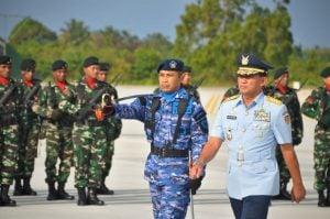 Kasau-saat-memimpin-Upacara-Peresmian-Skadron-Udara-27-di-Apron-Skadron-Udara-27-Lanud-Manuhua-Biak-2