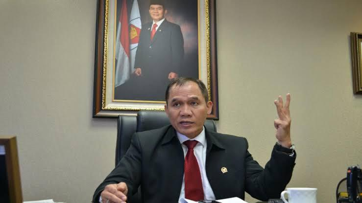 "Bambang Haryo (DPR-RI): ""Pemerintah Terkesan Berpihak Pada Kapitalis, Tanpa Mementingkan Masyarakat Secara Luas."""