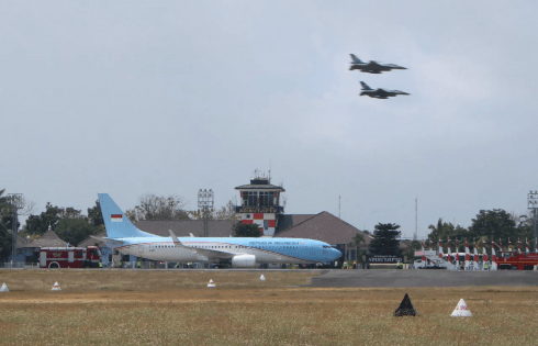 TNI Angkatan Udara Beri Kejutan Ke Jusuf Kalla