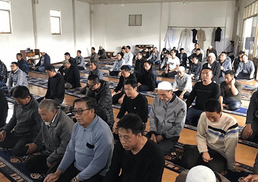 Nasib Muslim Hui yang Diseret ke Kamp Tahanan Bersama Warga Uighur