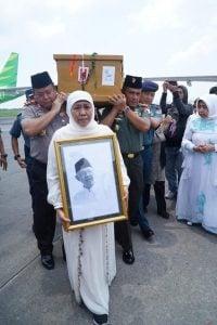 KH. DR. Ir. Salahuddin Wahid, Sosok Cendekiawan Muslim Yang Jadi Panutan Kita Bersama
