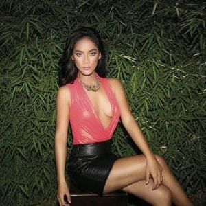 Dibalik Cerita Pose Seksi Tara Basro