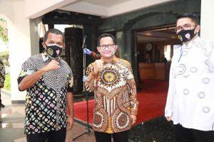 """Masker Unik Buatan Bandung """"Booming"""" Setelah Dipakai oleh Tito Karnavian dan Ridwan Kamil"""