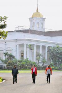 Ada Apa Jokowi Panggil Panglima TNI dan Kapolri, Minggu Pagi?