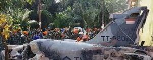 Pilot Hawk Yang Selamat Di Antara Penduduk