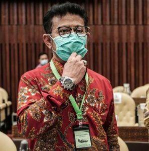 Artis-Artis Yang Merapat Ke Istana Mendapat Souvenir Kalung Anti Virus