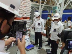 BULOG dan KEMENSOS Luncurkan Bansos Beras Ke 10 Juta Keluarga Indonesia