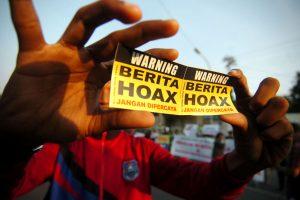 Menteri BUMN Hadang Hoaks Vaksin Covid-19