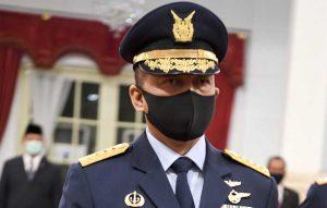 Marsekal TNI Fadjar Prasetyo bersiap dilantik sebagai Kepala Staf Angkatan Udara (KSAU) di Istana Negara, Jakarta, Rabu (20/05/2020).