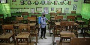 Bila Pandemi COVID-19 di DKI Jakarta Masih Tinggi, Sekolah Tatap Muka Batal