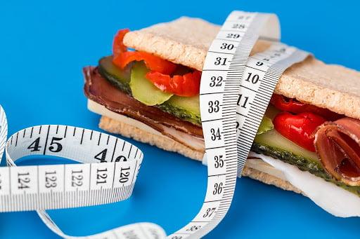 """Edukasi Kesehatan Live Zoom: """"Olahraga dan Defisit Kalori, Menjaga Imunitas Seimbang"""""""