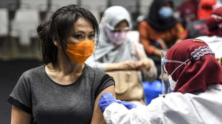 Komnas KIPI: Tidak Ada Yang Meninggal Karena Vaksinasi COVID-19