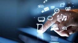 Ibarat Kerumunan, Media Digital Bisa Menggerakkan Massa untuk Kegiatan Positif