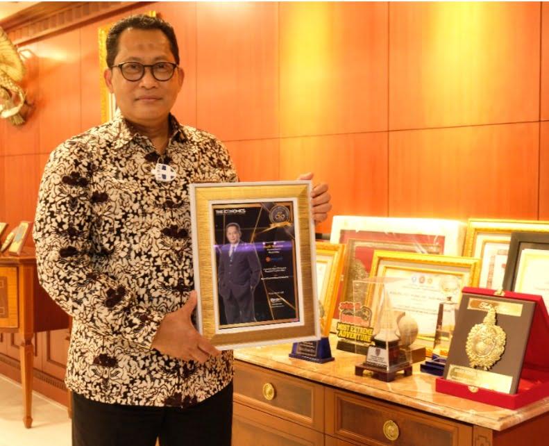BULOG Raih Penghargaan Terbaik Kategori Food Security